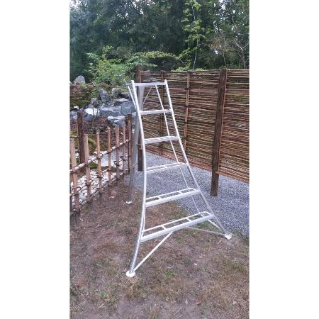 Japanese tripod ladder PRO 187 cm reinforced at EN131 standard